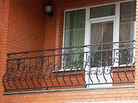 балконные ограждения с ковкой