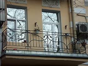 ограждения для балкона с ковкой