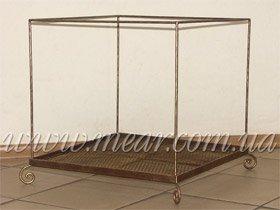 кровать для животных из металла