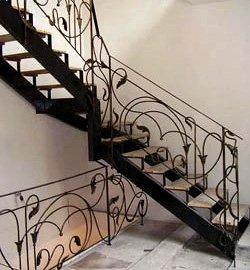 Прямые маршевые лестницы