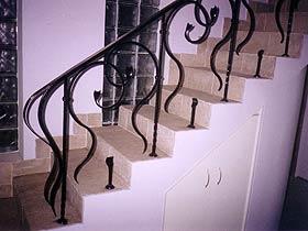 ограждения для лестниц кованые