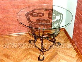 Стеклянный стол кованный